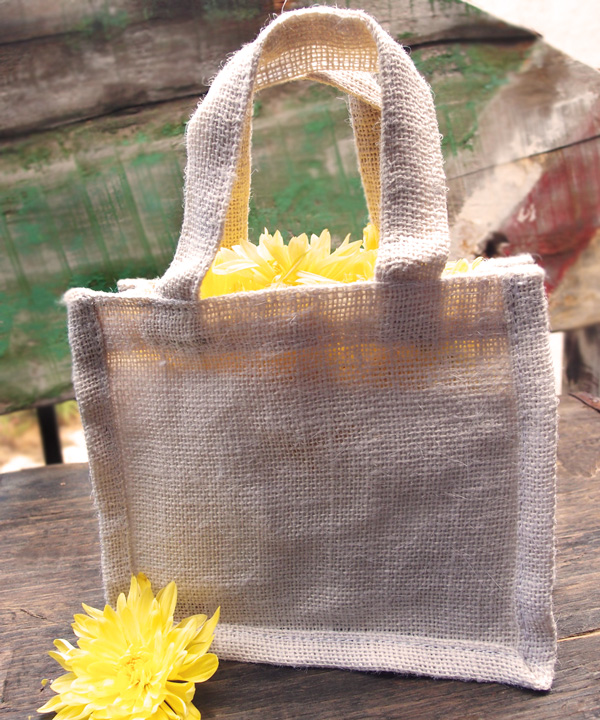 "Small Gusset Jute Bags - 7"" x 6"" x 2.75"""