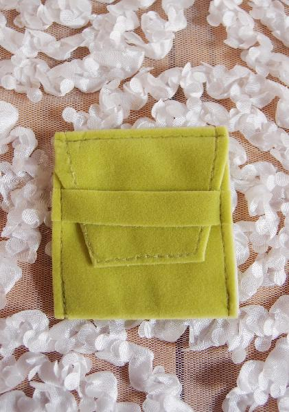 "Green Velvet Jewelry Pouch 2 x 2½ - 2"" x 2 ½"""