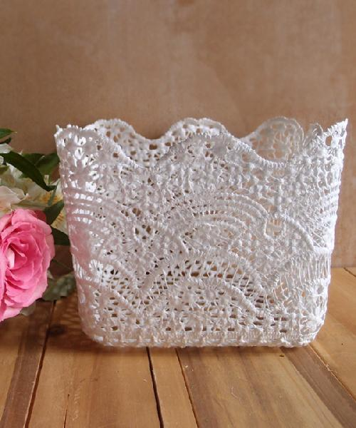 "Stiffened Lace Vase Holder 5"" Square"