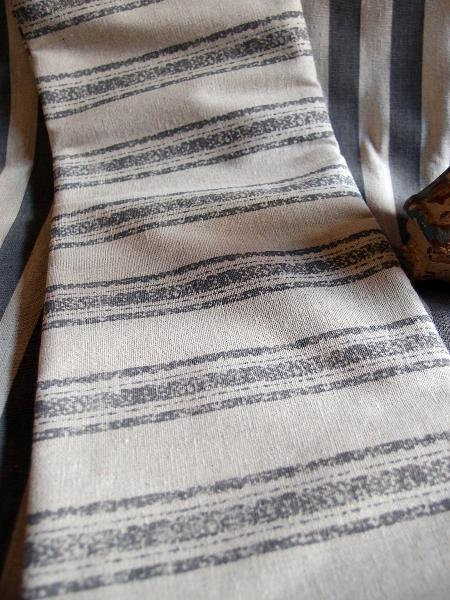 "Linen Table Runner Pewter Gray Stripes Selvage Edge - Linen Runner with Pewter Gray Stripes 19"" x 108"""