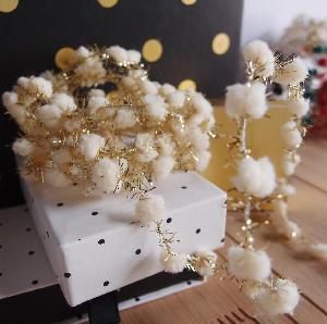 Wired Ivory Pom Poms with Gold Tinsel - 10yd