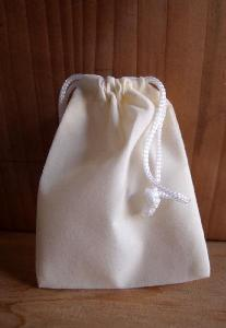 Ivory Velvet Bags - 100pcs/pack. 1 pack minimum.
