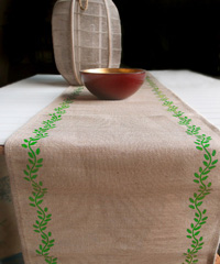 Ivy Leaf Printed Jute Cotton Blend Table Runner